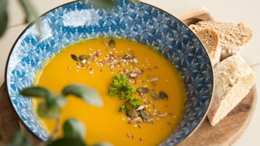 Soupe de légumes orange